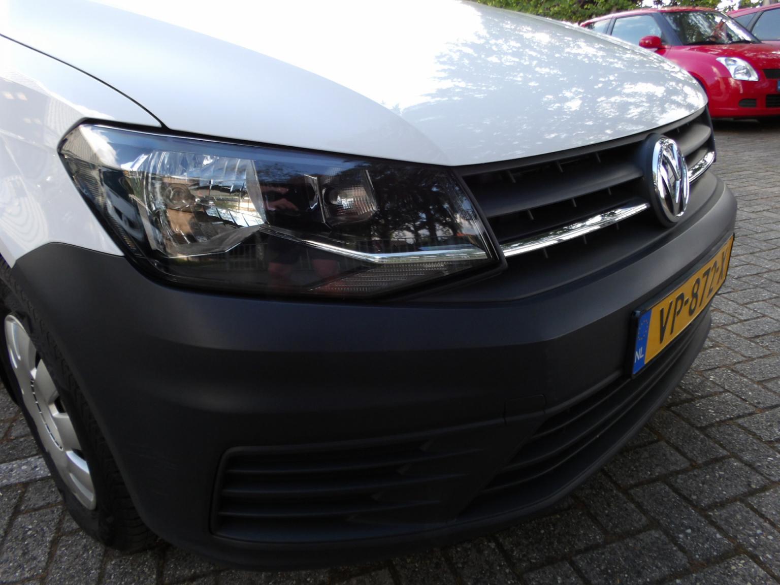 Volkswagen-Caddy-19