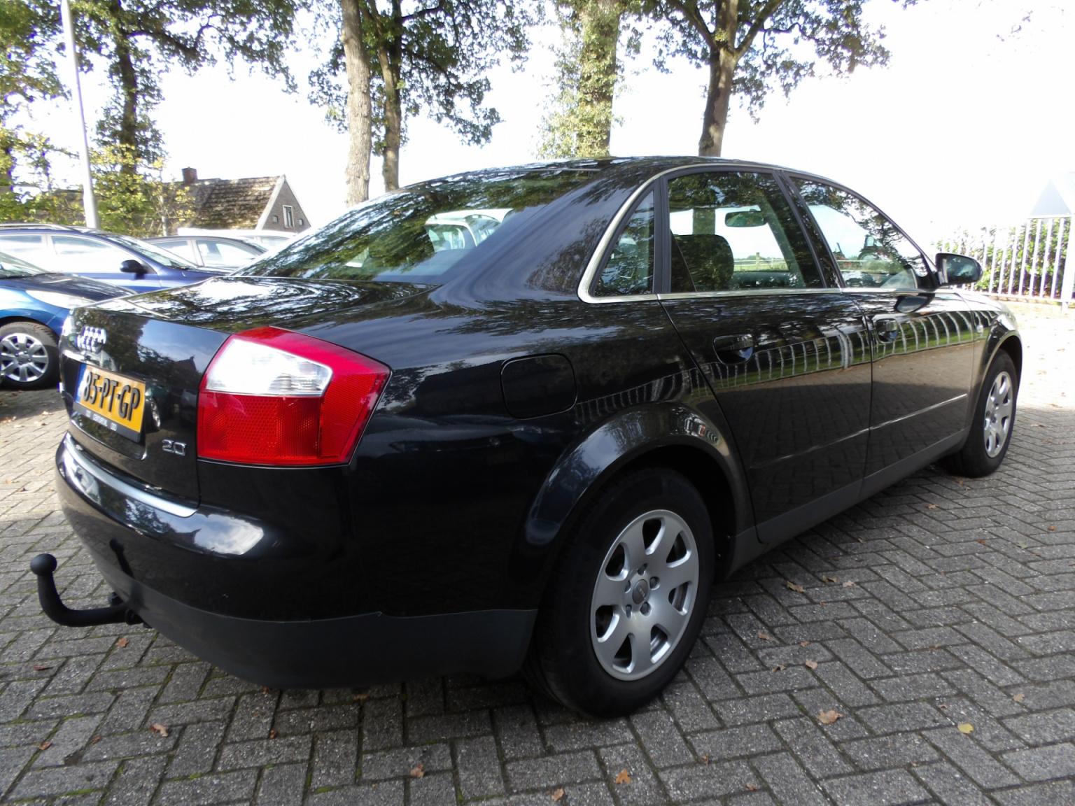 Audi-A4-4