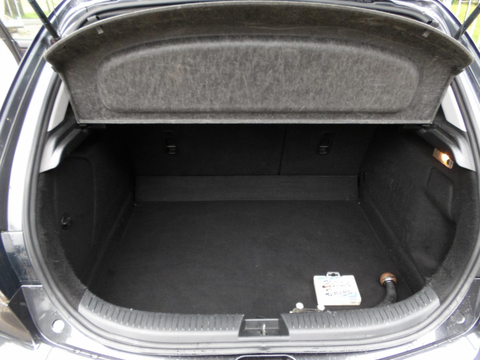 Mazda-3-18