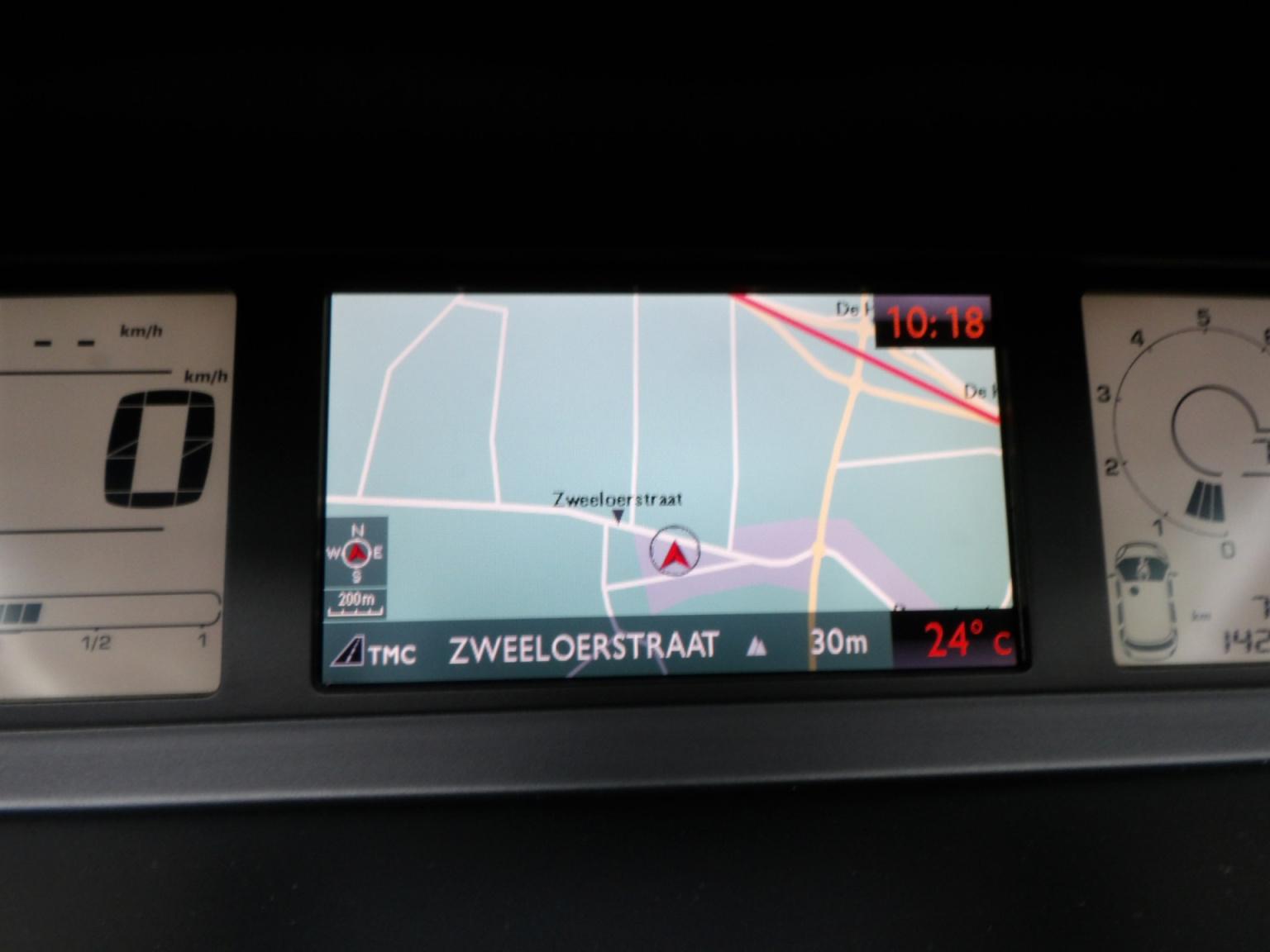 Citroën-C4 Picasso-23